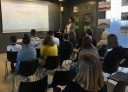 Uczestnicy interaktywnych warsztatów dla uczniów w gdyńskim Infoboxie